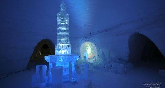 lobby-ice-hotel