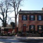 farnsworth-house-inn-7699190-jpg